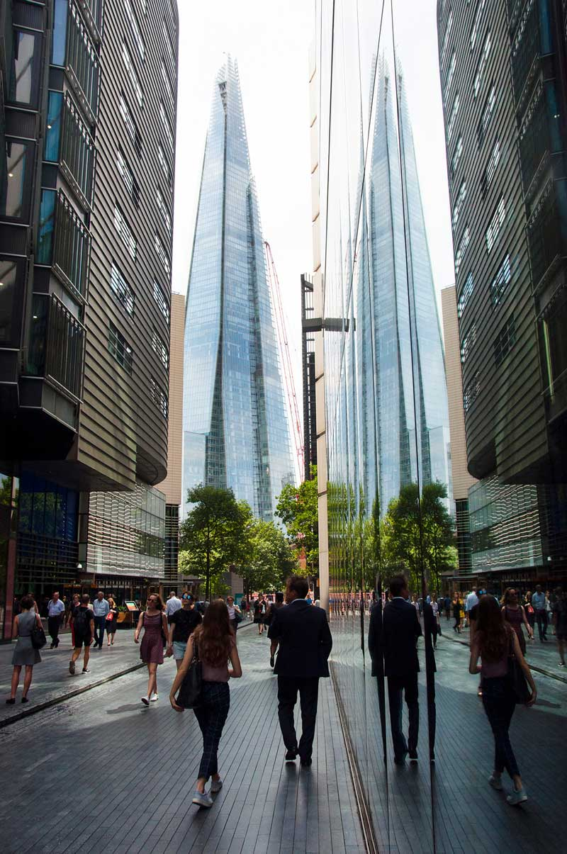 London Cityscape & Modern Architecture Tour