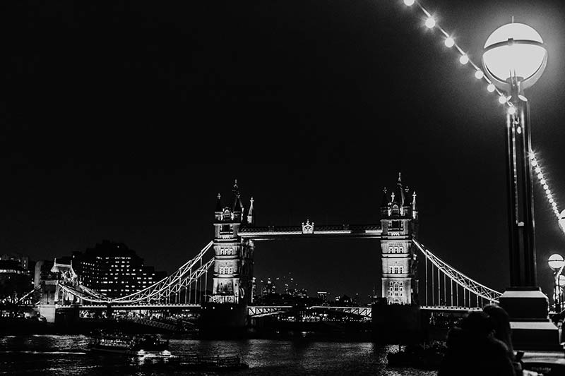 London at night - night photography tour